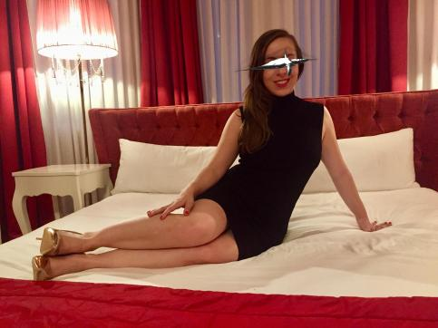 Louise Pearl - Escort lady Prague 6