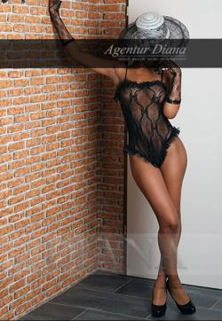 Neomi - Escort ladies Berlin 1