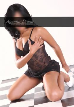Neomi - Escort ladies Stuttgart 2