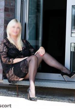 Linda - Escort lady Berlin 3