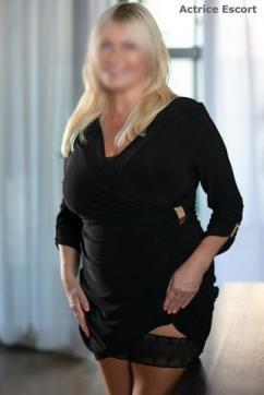 Linda - Escort lady Berlin 9