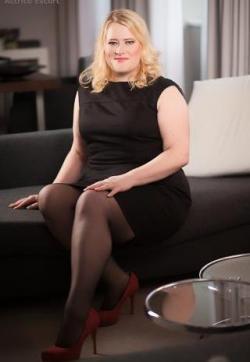 Liv - Escort lady Hamburg 5