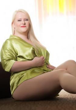 Liv - Escort lady Hamburg 7