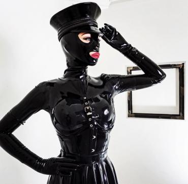 Lady Samira - Escort dominatrix Cologne 10