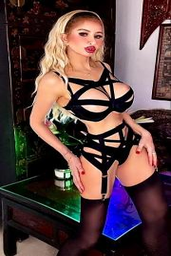 London Mistress Eve - Escort dominatrix London 7