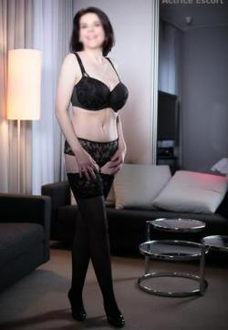 Luna - Escort lady Mainz 7