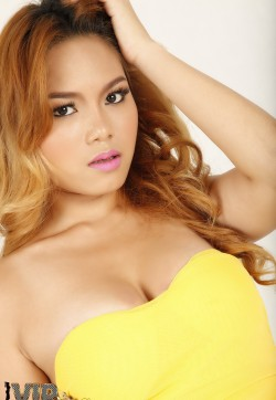 Champagne - Escort ladies Bangkok 1
