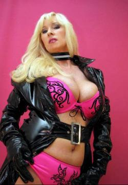 Lady Alexandra Ross - Escort bizarre lady Wuppertal 1