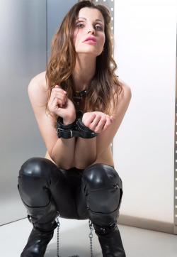 Fetishescort Alexandra - Escort bizarre lady Berlin 4