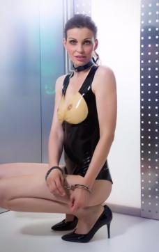 Fetishescort Alexandra - Escort bizarre lady Dresden 6