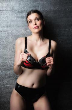 Fetishescort Alexandra - Escort bizarre lady Berlin 8