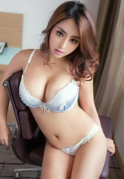 Lucy - Escort ladies Peking 1
