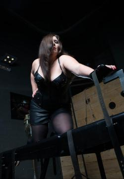 Miss Shiva - Escort dominatrixes Karlsruhe 1
