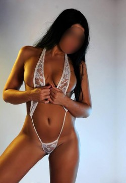 Laoura golden diamond esc - Escort ladies Athens 1