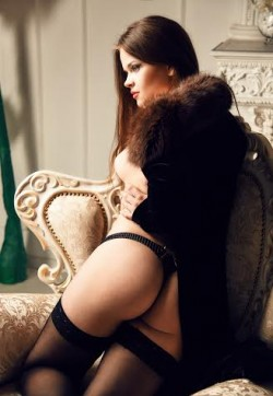 Leila gde - Escort ladies Athens 1