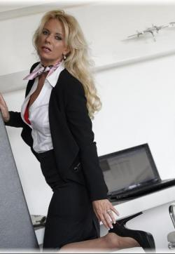 Kate - Escort lady Berlin 3