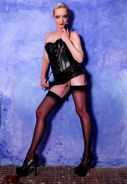 Mistress Kim - Escort dominatrixes Bremen 1