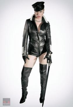 Syonera von Styx - Escort dominatrixes Dresden 12