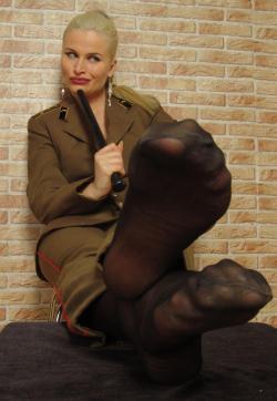 Syonera von Styx - Escort dominatrix Dresden 15