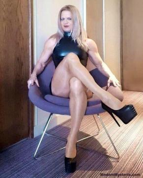 Madam Mysteria - Escort dominatrix Zurich 11