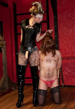 Madame Butterfly and Jenna - Escort duo Berlin 8