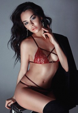 Nicki Model - Escort ladies Milan 1