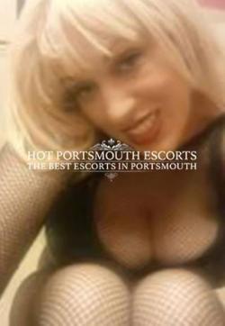 Rhianna - Escort ladies Southampton 1