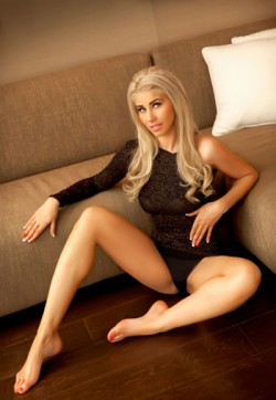 Alexa - Escort lady London 1
