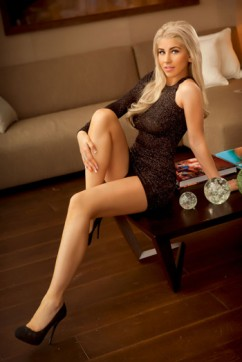Alexa - Escort lady London 2